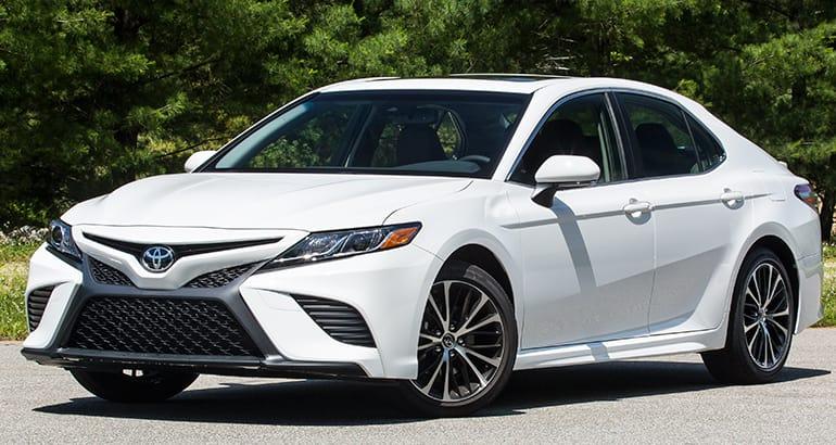 2018 toyota camry se white. 2018 Toyota Camry SE Se White P